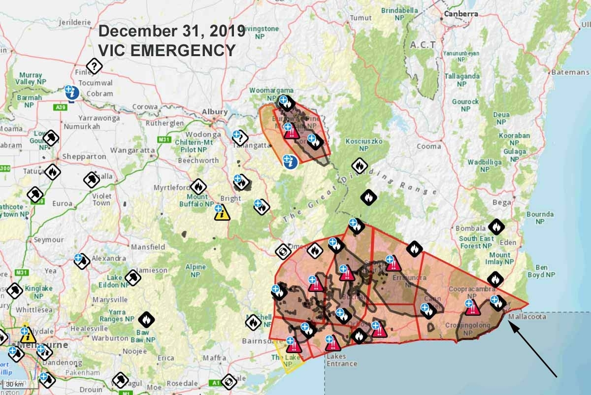 Residents Of Australian Town Threatenedfire Directed To throughout Australia Fires Map Vs Train